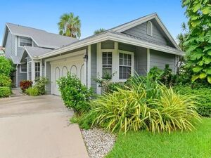 Beautiful 3 beds 2.5 baths house for rent in Boca Raton