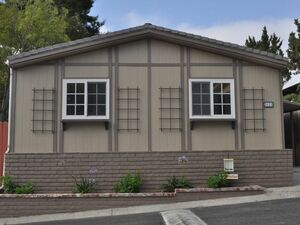 Beautiful 3 beds 2 baths house for sale in Canoga Park