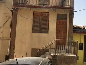 sh 684 town house, Caccamo, Sicily