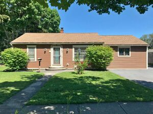 Beautiful 5 beds 3 baths house for rent in Auburn