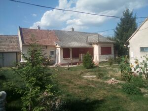 Familyhouse on free sight plot for sale