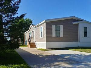 Beautiful 3 beds 2 baths house for sale in White Lake