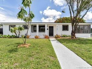 Beautiful 4 beds 2 baths house for rent in Miami