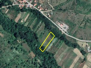Agricultural land Lago 4275 m2. 4 km from main town