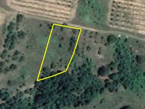 Agricultural land Sredno Gramage 1495m2. 4km from main town