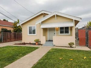 Beautiful 3 beds 2 baths house for rent in San Jose