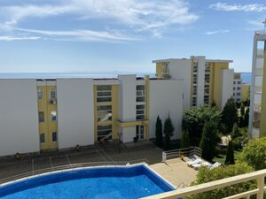 Sea and Pool Views 1-Bed apartment in Crown Fort Club