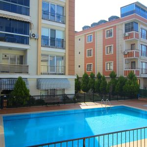 Sea view 3+1 apartment for sale in Istanbul