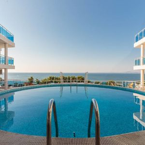 Sea front apartment, 46 sq.m., with fantastic views