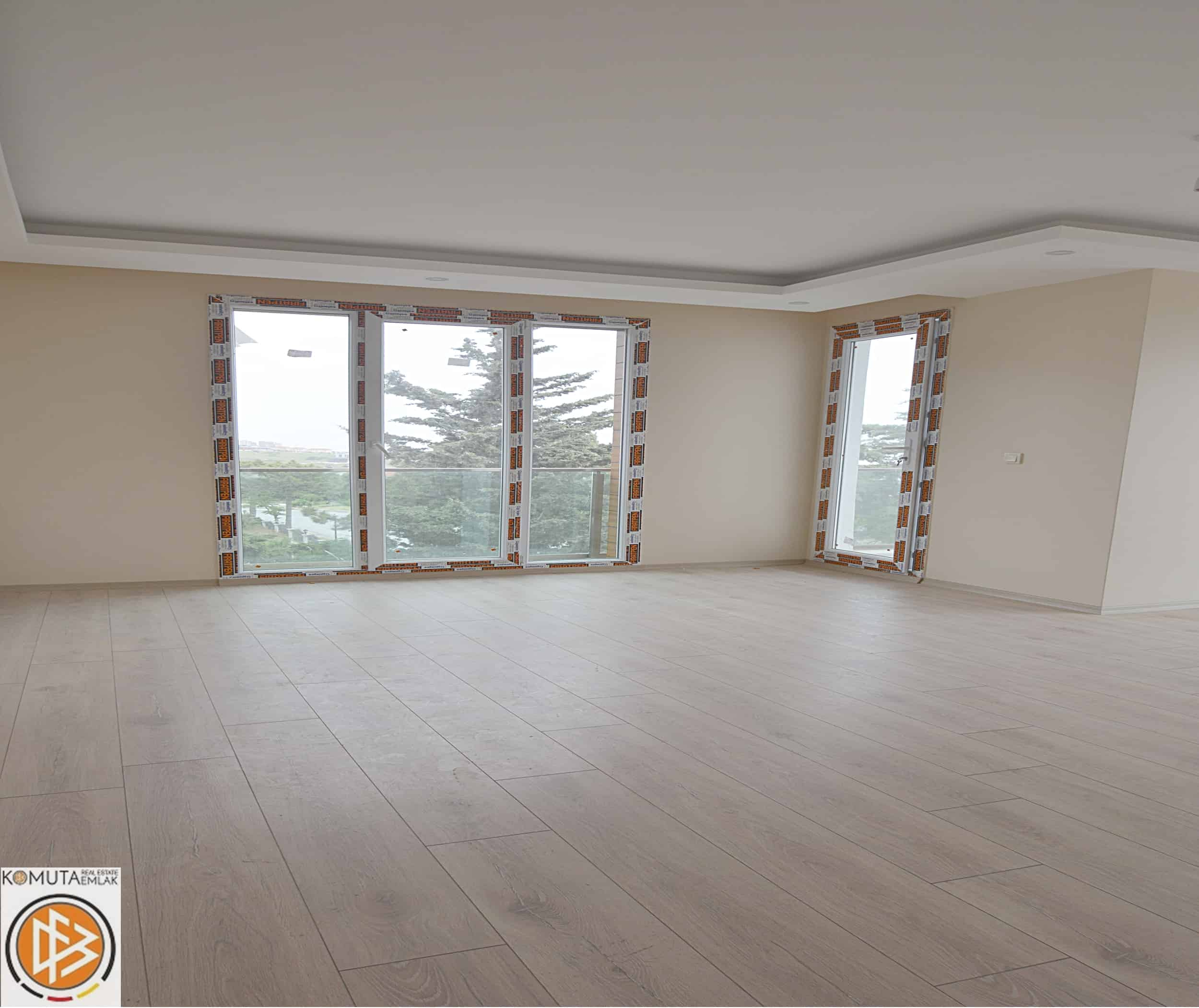 Duplex Apartments For Rent: Sea View 3+2 Duplex Apartment For Sale InBeylikduzu Istanbul (Turkey, Istanbul, Beylikduzu